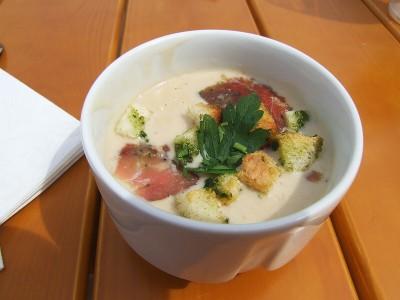 Krémová polévka z pravých hříbků