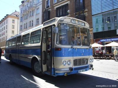 Retro autobus modrý