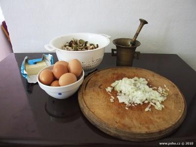 Suroviny na houbovou smaženici