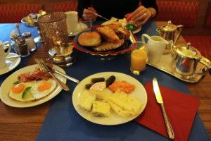Hotel Mozart snídaně