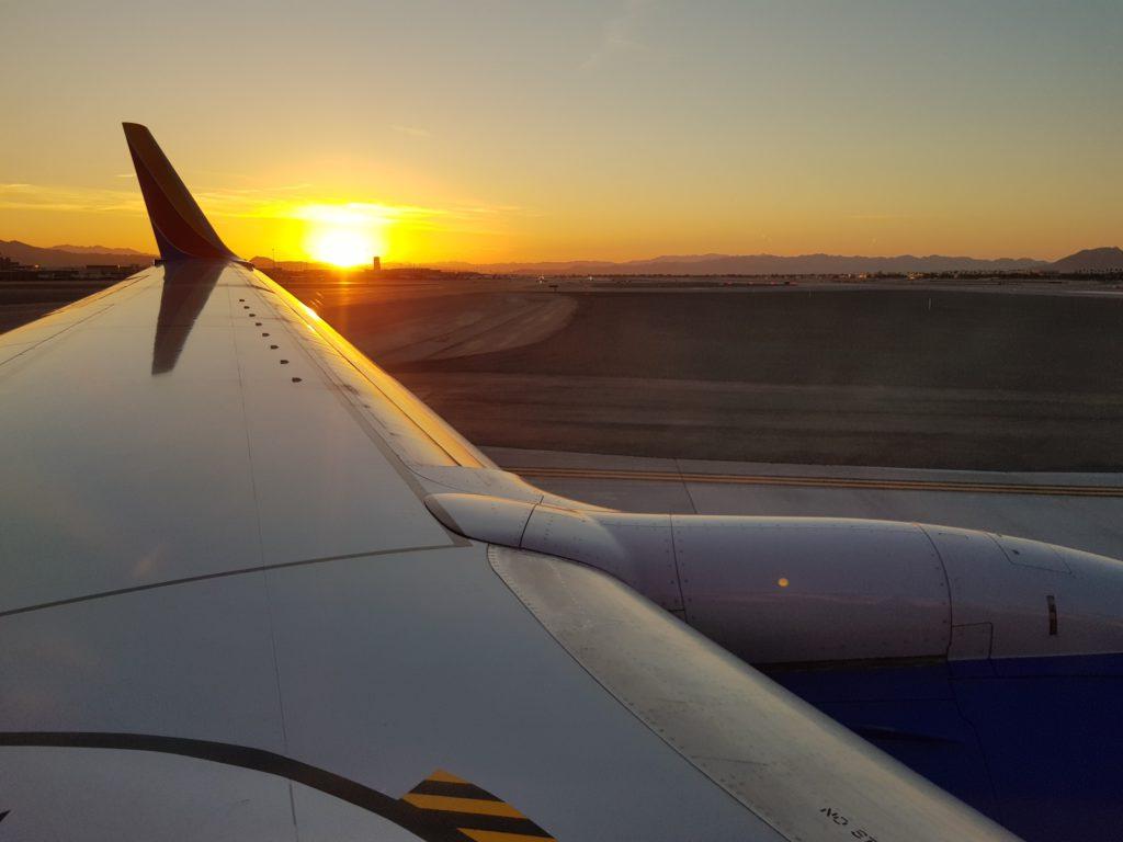 Svítání na letišti ve Vegas